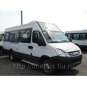 Микроавтобус Ивеко Дейли фото