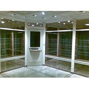 Ломбард, витрины ювелирного магазина, касса ломбарда, бронированные стеклянные витрины фото