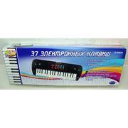 Синтезатор черный 37 клавиш, с дисплеем, эл/мех 53x6x19,2 (822815) фото