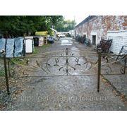 Ритуальная оградка кованая, ограждения для могилы. фото