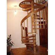 Дизайн-проект деревянной лестницы фото