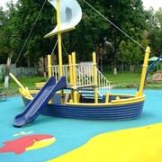 Универсальное цветное ударопоглощающее покрытие для детских игровых площадок фото