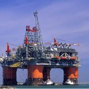 Строительство нефтегазодобывающего комплекса. фото