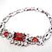 """09350 Браслет с цирконом """"Бабочки с красным прямоугольным камнем"""" фото"""