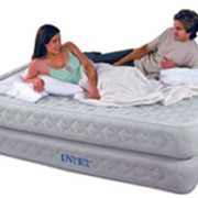 Надувные кровати и матрасы фото