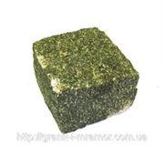 Брусчатка колотая зеленая Маславка челновая фото