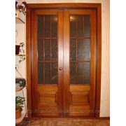 Деревянные двери по индивидуальному заказу фото