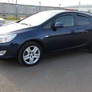 Автомобиль Opel Astra J фото