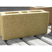 Пустотный бетонный блок Стоун Тэк цветной 39х19х12 фото