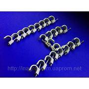 Скобы ( клипсы ) с гвоздём 14 mm круглые для крепления провода и кабеля - ISO 9001 фото