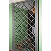Двери решетчатые фотография