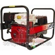 Бензиновый генератор AGT 7001 HSBE фото