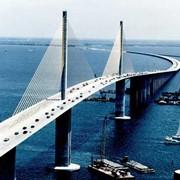 Строительство и ремонт мостов. фото