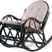 Кресло-качалка из ротанга 05-17 фото