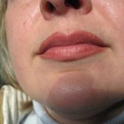 .Перманентный макияж губ. фото