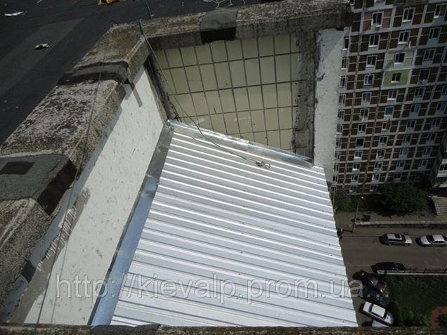 Крыша, козырёк над балконом. монтаж, ремонт, гидроизоляция.,.
