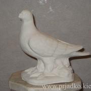 Скульптура голубя. Высота = 20 cm фото