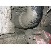 Герметизация вводов коммуникаций и труб в подземных и углубленных помещениях фото