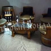 Столы и кресла в виде бочки фото