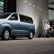 Микроавтобус Hyundai h1 фото
