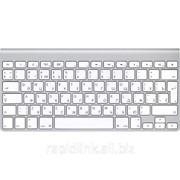 Беспроводная клавиатура Apple — Русский фото