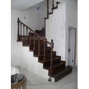 Облицовка бетонных лестниц деревом фото