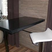 Столешницы и столы из искусственного камня фото