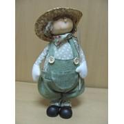 Мальчик в соломенной шляпе - висячие ножки, арт. 3025В фото