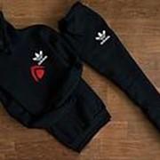 Мужской спортивный костюм Adidas, черный с капюшоном (маленький логотип) фото