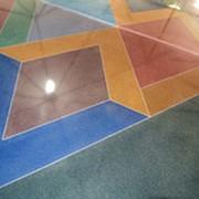 Окрашенный бетон фото