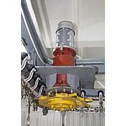 Привод конвейера с планетарным мотор-редуктора фото