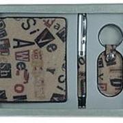 Подарочный набор: бумажник, ручка, брелок 21*16*4см. 140309 фото