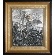 Икона Архангел Михаил побеждающий дьявола. фото