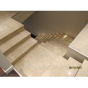 Изготовление лестниц из натурального камня, лестницы из мрамора и гранита