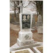 Виготовлення пам'ятників з мармурової крихти фото