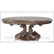 Резная мебель на заказ. Резной обеденный стол из массива дуба