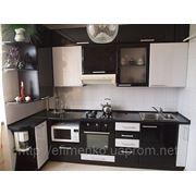 Кухня черно-белая лилия фото