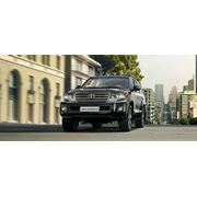 Автомобиль Toyota Land Cruiser 200 фото