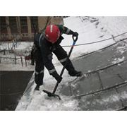 Очистка крыш от снега и наледи фото