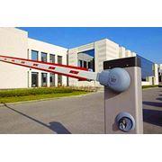 Установка систем контроля допуска (шлагбаумы ворота турникеты) фото