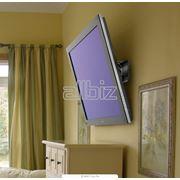 Установка телевизоров LCD и ЖК панелей на стену фото