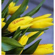 Услуга доставки цветов с изображениями на них фото