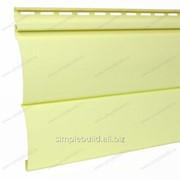 Сайдинг под бревно «Текос», двухпереломный блок-хаус светло-жёлтый фото