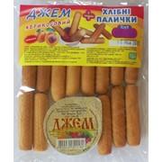 Хлебные палочки с абрикосовым джемом фото