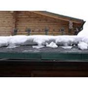 Очистка крыш от снега и льда фото