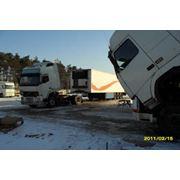 Аренда стоянки для грузовых автомобилей и автобусов фото