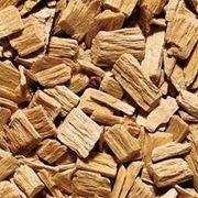 Древесина измельченная: щепа стружка опилки отходы древесные. фото