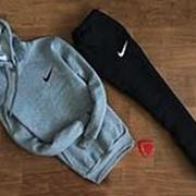 Мужской спортивный костюм Nike серо чёрный с капюшоном (маленький логотип) фото