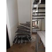 Лестница из металлокаркаса P9250039 фото