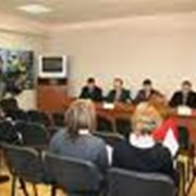 Проведение пресс-конференций